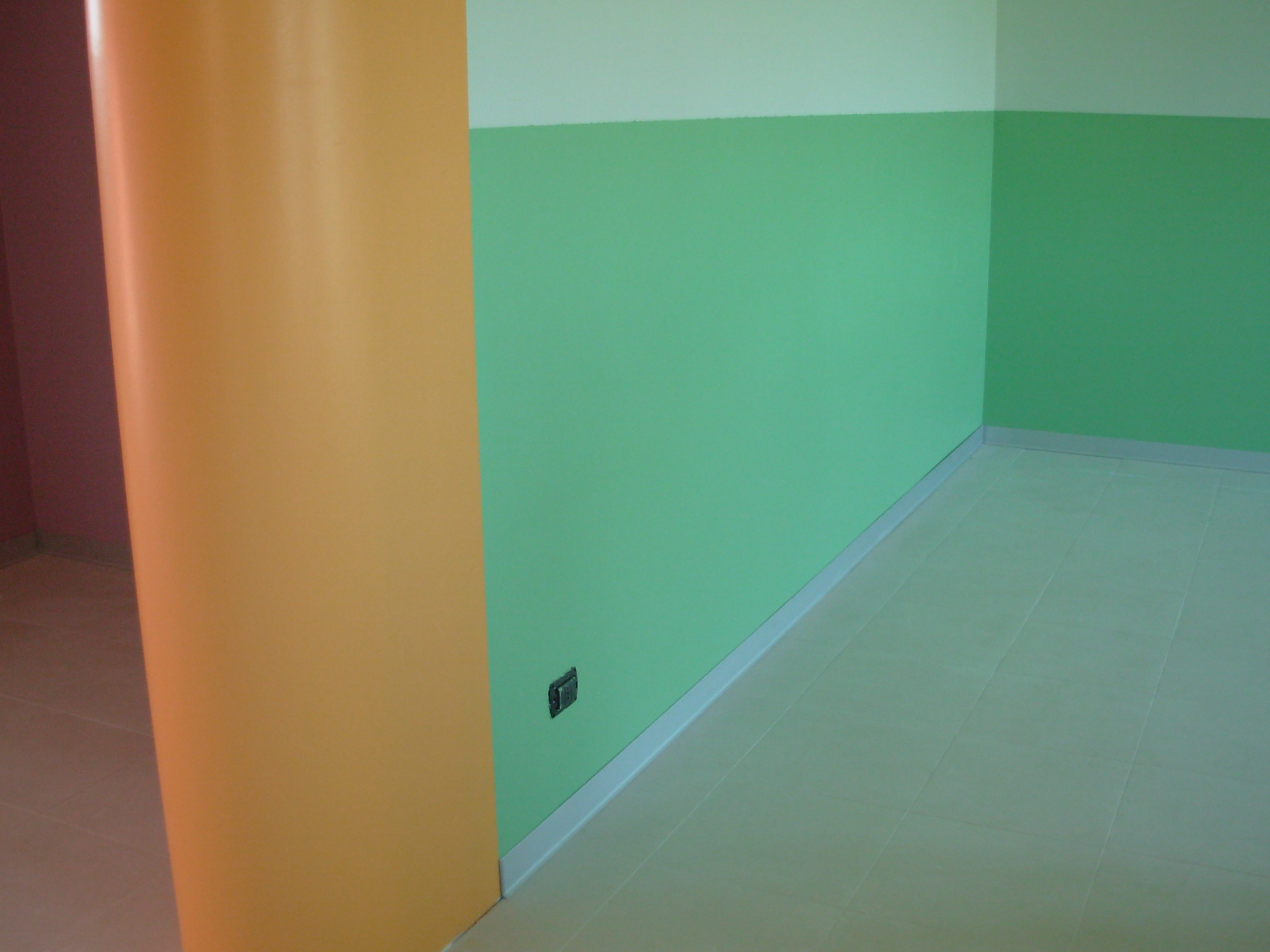 Casarella pitture edili antimuffa e decorative for Corsi per arredatore d interni